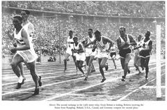Rampling passing the baton to Roberts in the 4x400m final at the 1936 Berlin Games