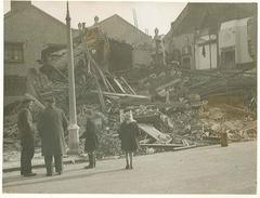 Deptford bomb damage to houses, 1944